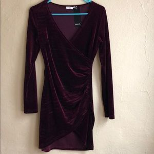 Nasty Gal size small. New with tag. Velvet dress.
